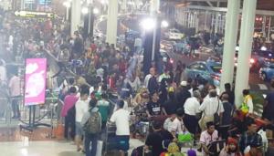 Menjelang Lebaran Bandara Soekarno-Hatta Dipadati Pemudik